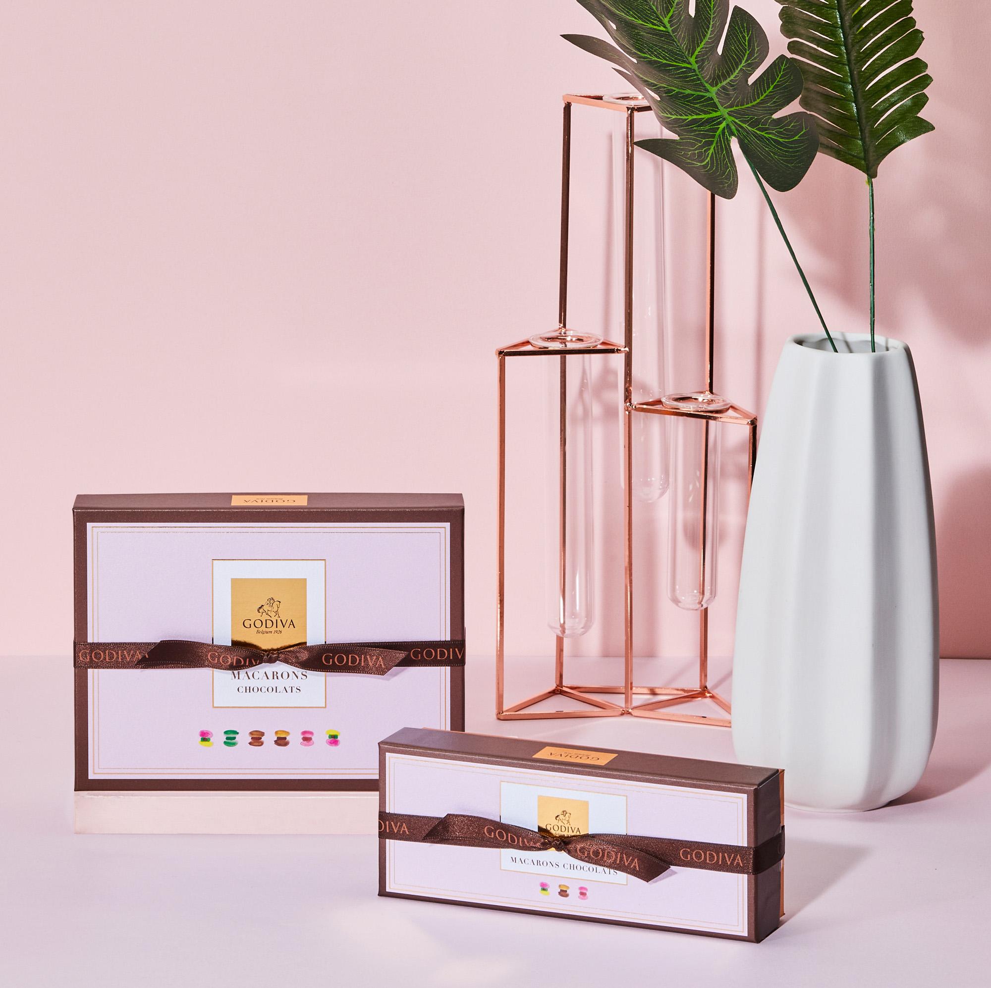 GODIVA ホワイトデー コレクション 2020 マカロンショコラパッケージ